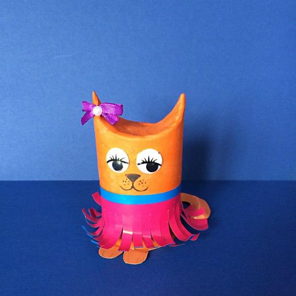 кошка игрушка из рулона от туалетной бумаги